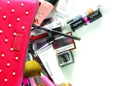 Make Up BagEssentials
