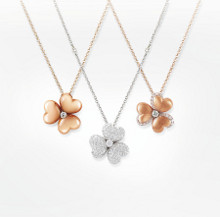 Mouawad Brings Flowers to Life
