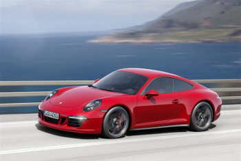 Feel the Power of the Porsche 911 Carrera GTS