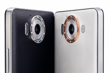 Damiani Creates Custom Smartphone Cover