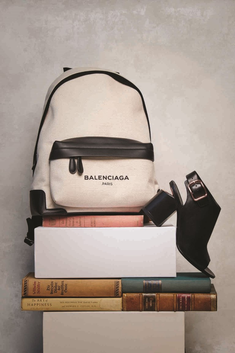 Back to Work: Accessories that Make aDifference