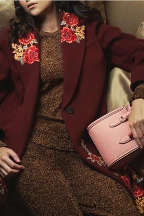 Bag: Alexander McQueen -Thuraya Mall.