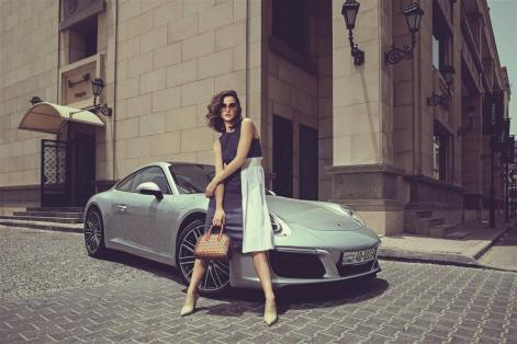 SUNGLASSES: Chloé - Thuraya Mall BAG: Stella Mccartney - Thuraya Mall DRESS: Erika Cavallini - Al Ostoura Mezzanine,Thuraya Mall SHOES: Balenciaga - Thuraya Mall
