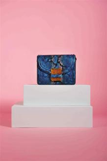 Clutch: Dries Van Noten - Thuraya Mall