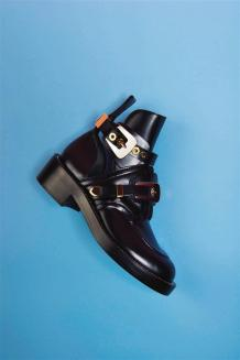 Boot: Balenciaga - Thuraya Mall, Al Ostoura The Avenues
