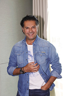 Super Star Ragheb Alama: The passion for art and watches